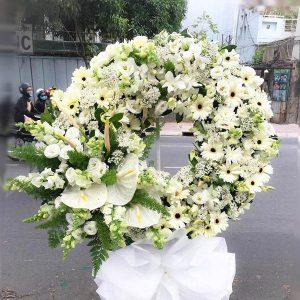 Các loại hoa chia buồn và ý nghĩa